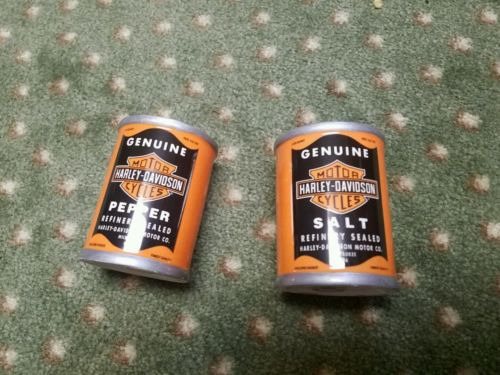 Harley Davidson oil can salt and pepper shakers genuine oil