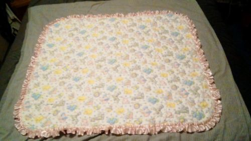 HAND SEWN BABY QUILT..CIRCUS PRINT.  FOR BABY GIRL.