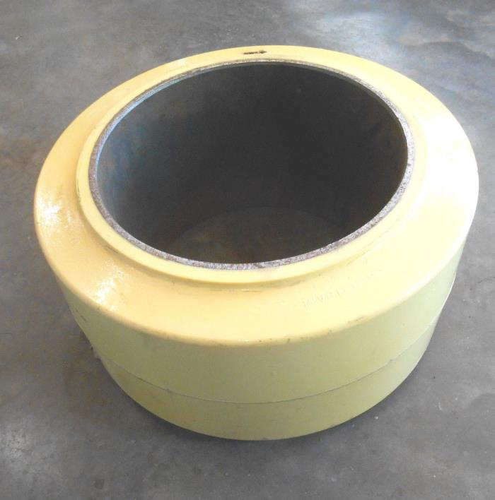 Superior Forklift Tire Yellow Poly Press On Smooth 18