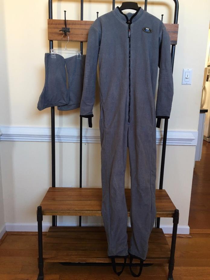 DUI Polartec Stretch Undergarment Jumpsuit Drysuit Mens  Large w XL Socks