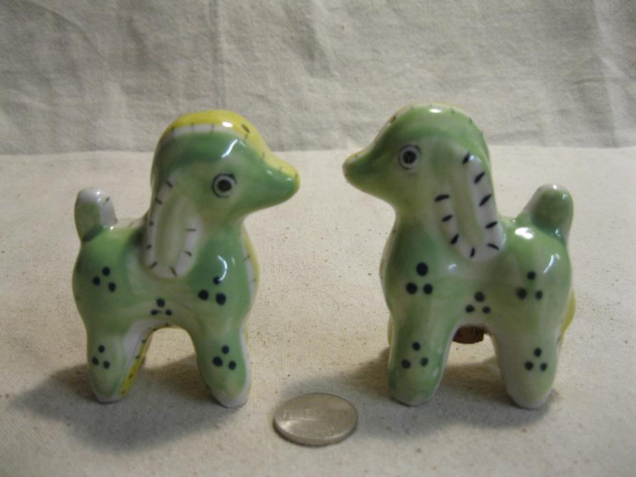 Vintage Patchwork Quilted Dog Salt and Pepper Shakers Ceramic             9