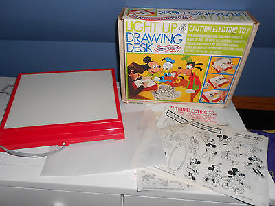 Vintage DISNEY LIGHT UP DRAWING DESK TOY Mickey Mouse Jungle Book Snow White