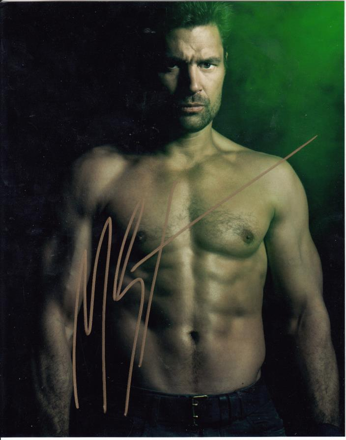 Spartacus Manu Bennett as Crixus Signed 8x10 Auto Autograph Photo