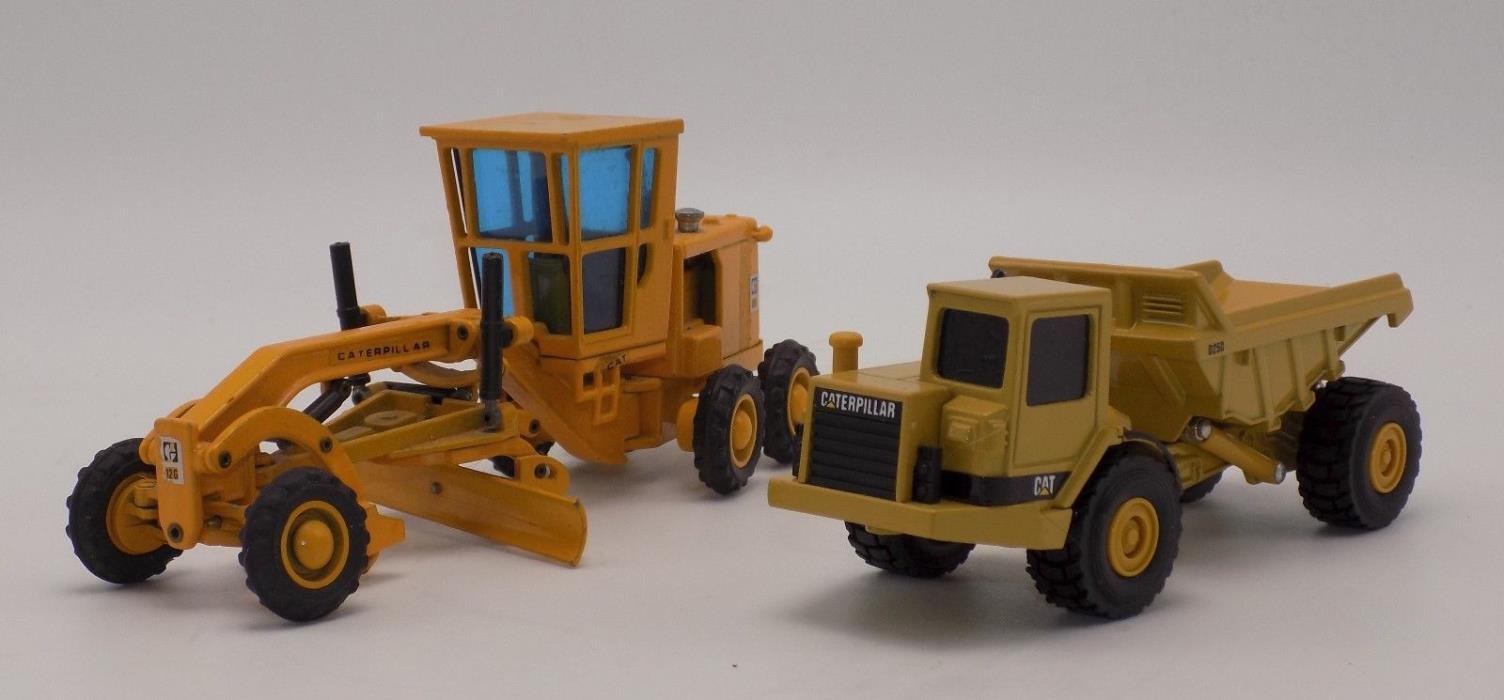 1-Ertl Construction Cat D25D Dump Truck 1-Joal 12G Grader 1:64 Scale