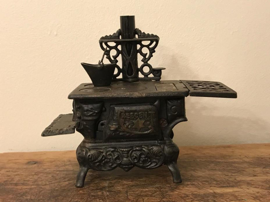 cast iron cooking pots for sale classifieds. Black Bedroom Furniture Sets. Home Design Ideas