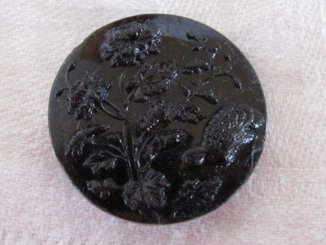 Estate Beautiful Antique Black Glass BIRD FLOWER Button