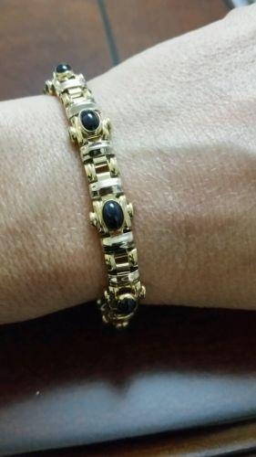 18k yellow gold  5ct cabochon sapphire bracelet 7