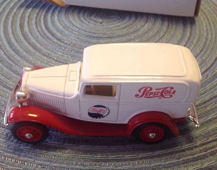 Rare ERTL1932 Ford Panel Delivery Truck with Pepsi Cola Label NIB