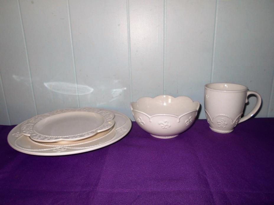 Princess House Marbella 16-Pc Dinnerware Set New In Box #1704 & Princess House Punch Bowl Set - For Sale Classifieds