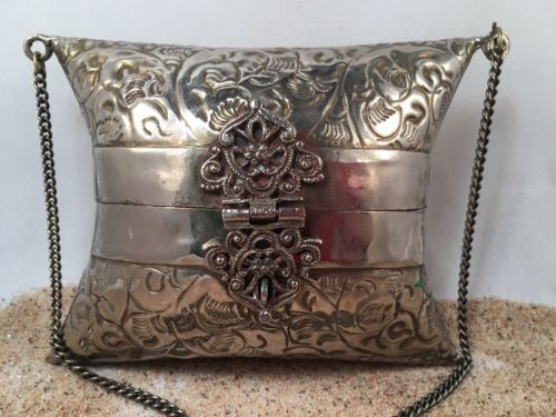 Antique art nouveau ornate metal Purse 30