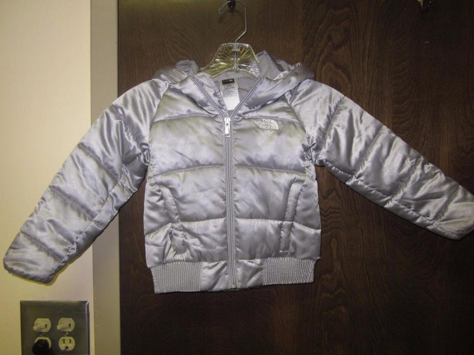 The North Face Toddler Girls Silver Hooded Puffer Jacket size 4T