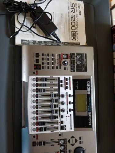 BOSS BR-1200CD Digital Recording Workstation