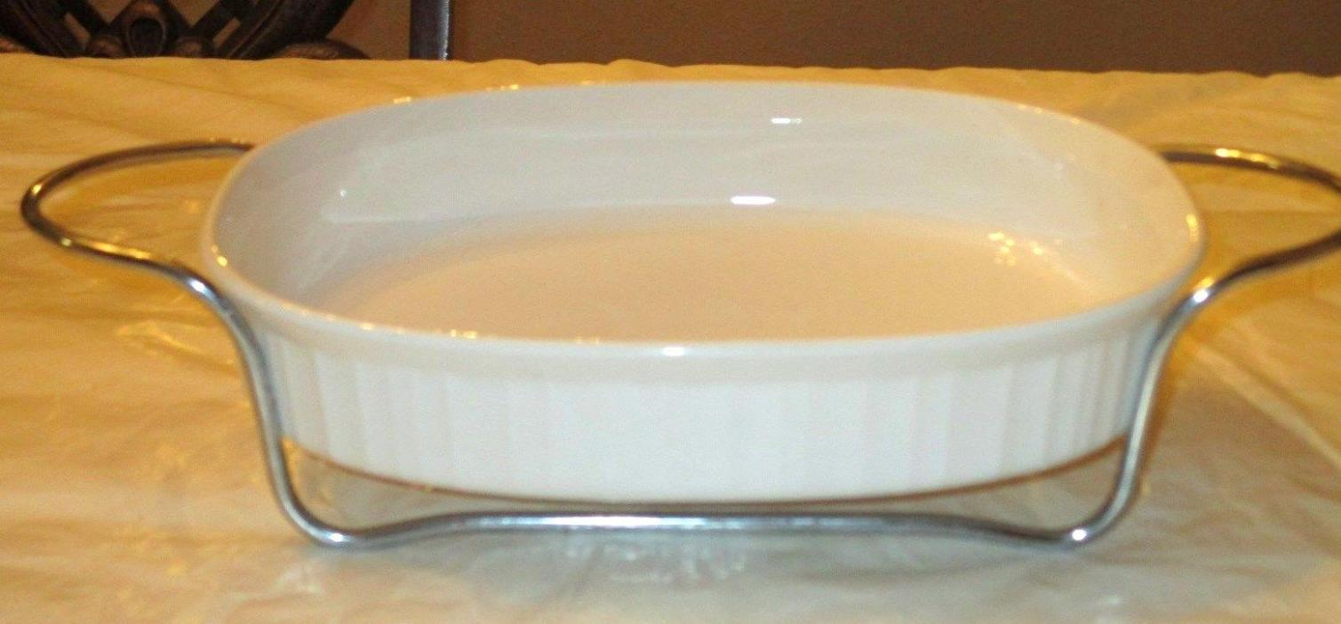 CORNING WARE FRENCH WHITE #F-6-B OVAL  CASSEROLE, 1.8 LT, WITH METAL STAND