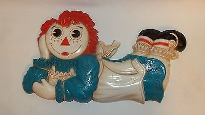 Vintage Raggedy Ann Molded Resin Plaque by The Bobbs Merrill Company 1977