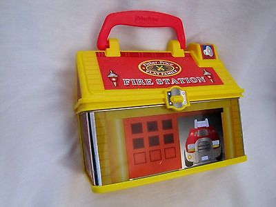 Fisher Price LITTLE PEOPLE Take Along FIRE STATION Play 'n Go - Lunch Box Style