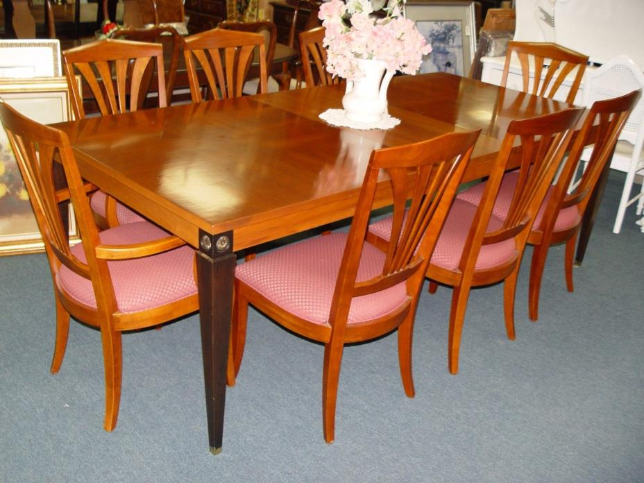 ETHAN ALLEN DINING TABLE W/ 8 CHAIRS & 2 LEAVES (MEDALLION COLLECTION )