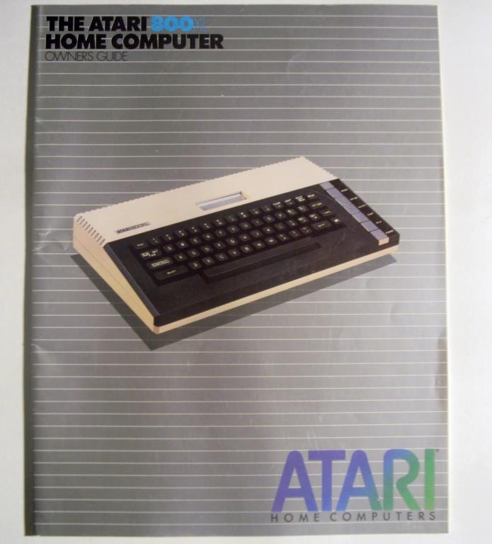 Atari 800XL Home Computer Owners Guide 1983 VINTAGE (binding NEVER fully opened)
