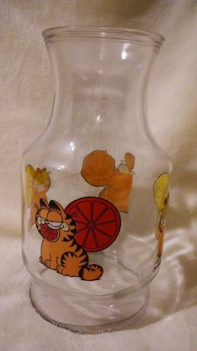 GARFIELD VTG 1978 GLASS JUICE PITCHER CARAFE JIM DAVIS JAR BOTTLE USA 8