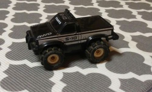 Loose Schaper Stomper Stompers  Black Truck S-10 4wd Toy Car