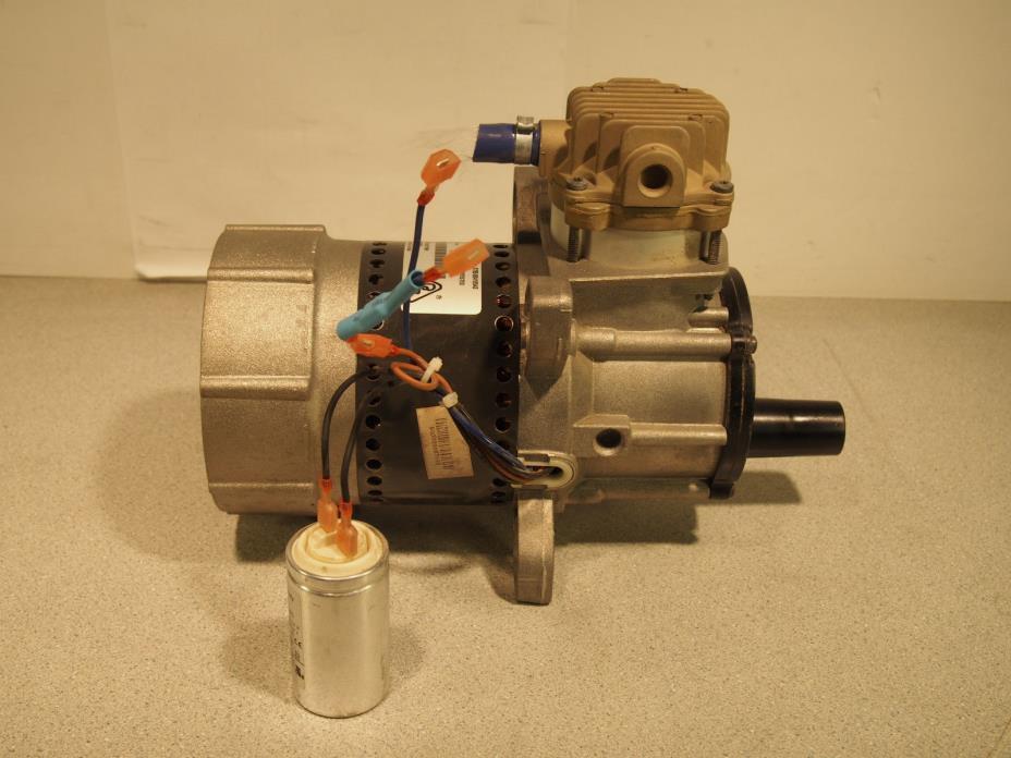 Rietschle Thomas 670CE72-979 Vacuum Air Compressor Pump 7.4 - 8.35 Psi