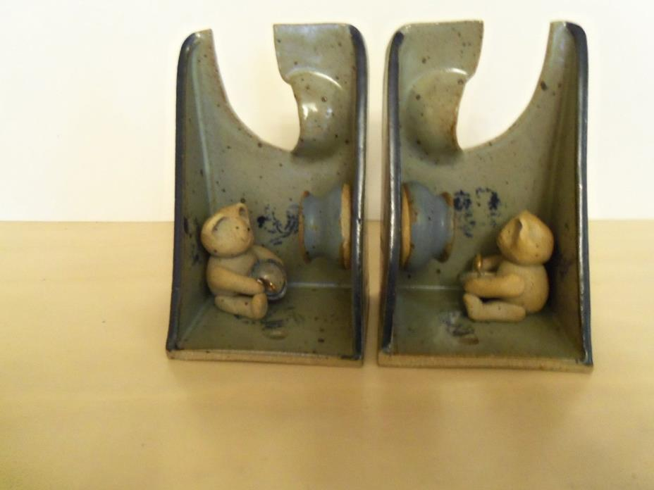 Santa Fe Design Children's Pottery BookEnds