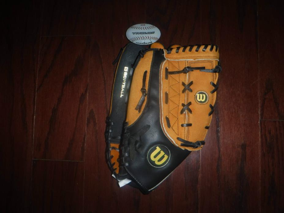 WILSON SOFTBALL A360 OVERSIZE POCKET GLOVE MITT LEFT HAND THROW 14