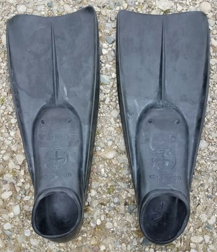 US Divers Aqua Lung Otarie Vtg Black Swim Scuba  Fins Flippers 8-9 1/2