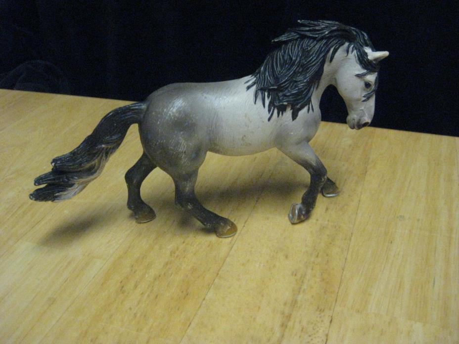 2005 Schleich Germany Farm Animal Horse Gray & Black Toy Figure