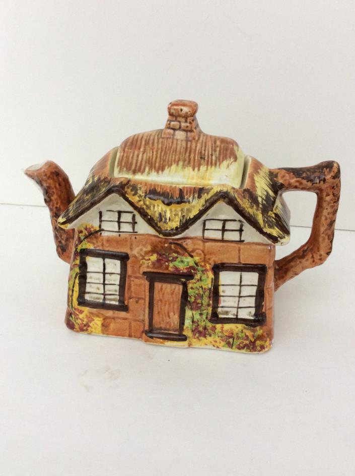 Vintage ye Olde Cottage Ware Tea Pot