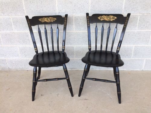 ETHAN ALLEN PAIR OF ARROW BACK SIDE CHAIRS HITCHCOCK STYLE PAINT DECORATED