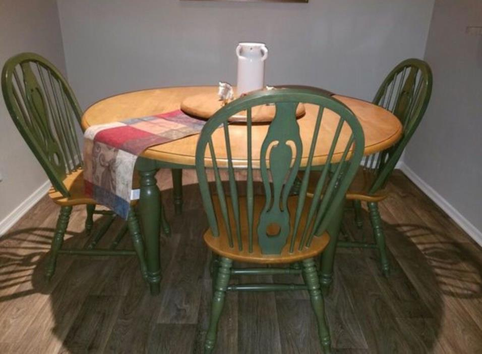 country kitchen table with 3 chairs