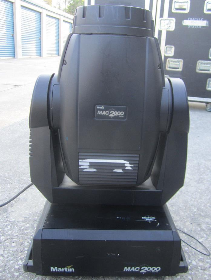 Martin MAC 2000 Intelligent Moving Light