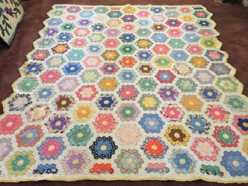 1930's-40's Grandmother's Flower Garden Antique Feed Sack Quilt w/Provenance