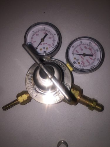 MILLER-SMITH EQUIPMENT 30-100-350 Reg, Cylinder, Hydrogen/Methane, CGA-350
