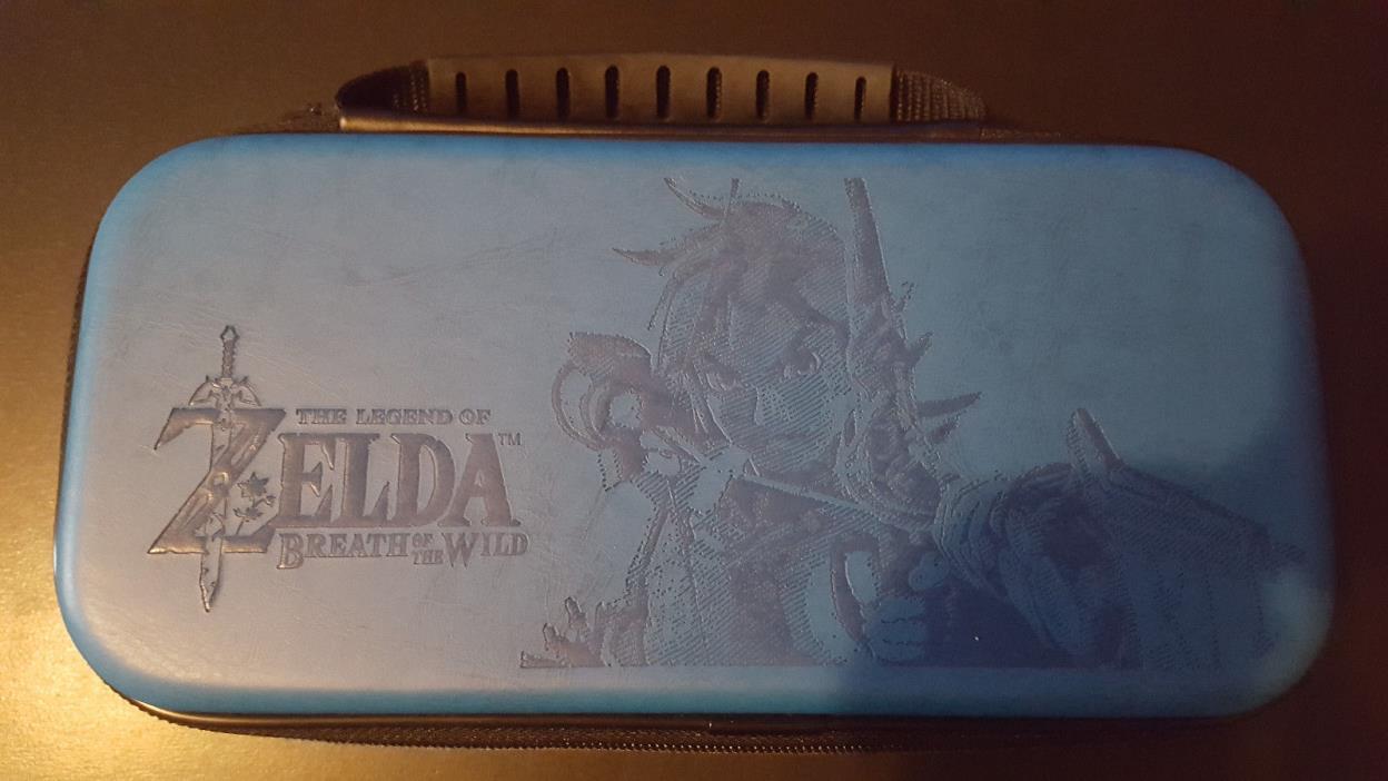 Nintendo Switch Game Traveler Deluxe Travel Case - Blue