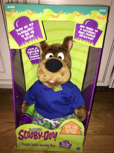 Fright Light Scooby Doo Scared Silly Plush with flashlight Still in Orig. Box!