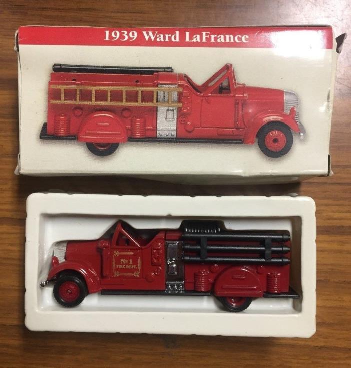 Vintage Boxed 1999 1939 Ward LaFrance Miniature 3-3/4