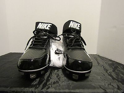 NIKE HUARACHE LIGHTWEIGHT PERFORMANCE METAL BASEBALL SHOES   SIZE 10.5