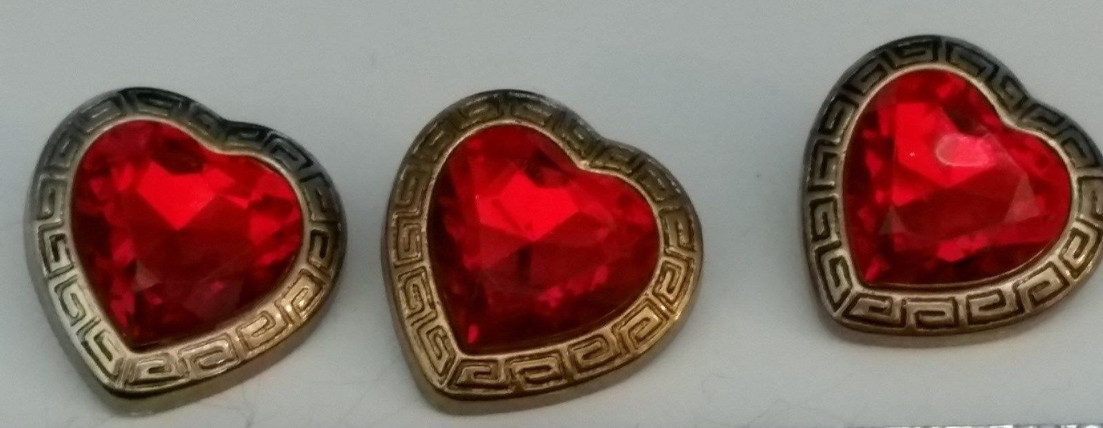 VINTAGE HEART SHAPED BUTTONS