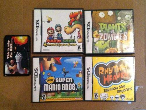 Bundle of Nintendo DS Lite Games/Case - Super Mario/Zombies/Rhythm Heaven