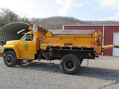 1993 FORD F800. F600 SNOW PLOW DUMP TRUCK  Food & Beverage Trucks