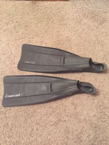Cressi-Sub Professional Clio Flippers Frog Fins Scuba Snorkeling Diving 8.5-9.5