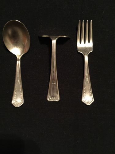 VINTAGE BRIDE SILVERPLATED ANTIQUE BABY FORK AND SPOON SET