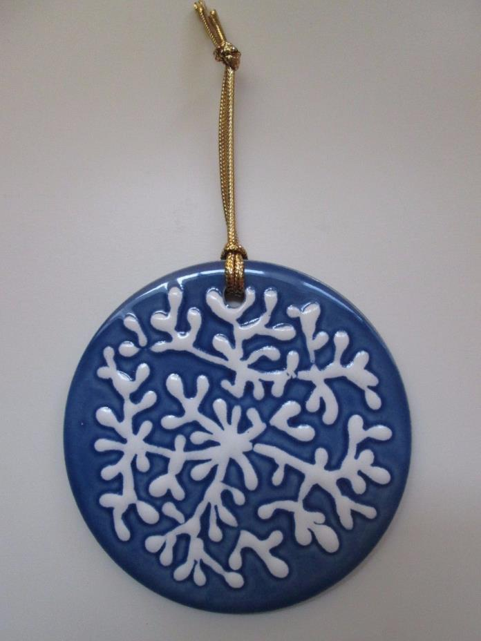 H&R Johnson Tiles Made in England Blue Ceramic Round Tile/Ornament w/ Hanger
