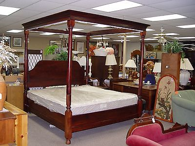 AFRICAN MAHOGANY KING CANOPY BED ( OR CAN BE USED POSTER W/ KING PLATFORM BED )