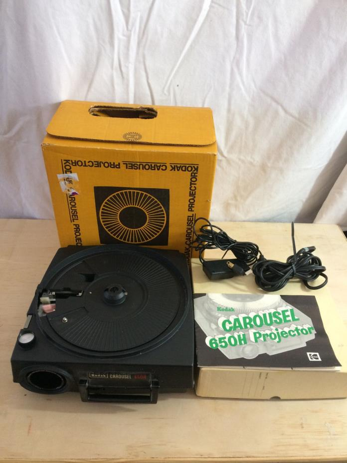Vintage Kodak Carousel 650H Projector- W/ 1 Trays & Remote