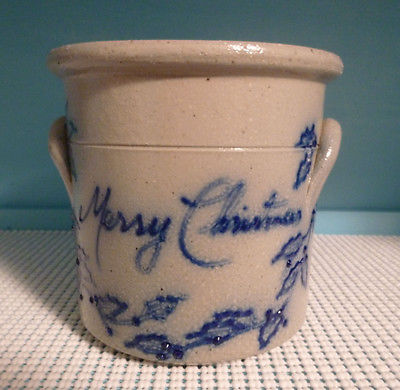 SALMON FALLS STONEWARE DOVER, NH 1991 MERRY CHRISTMAS OPEN CROCK