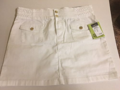 New With Tag Rue21 White Skirt Size 13 FREE SHIPPING