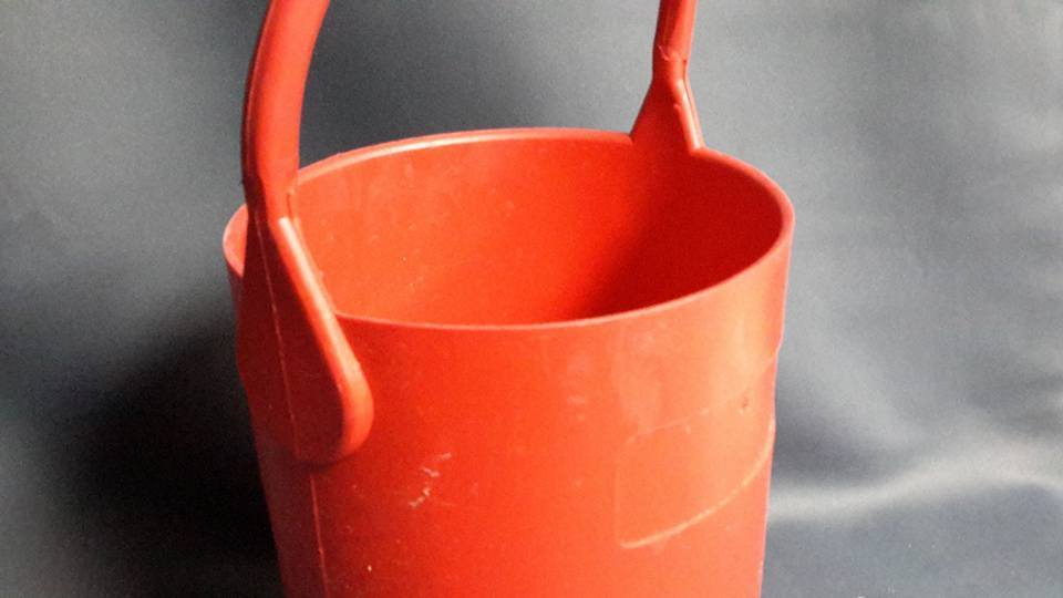 Laboratory Rubber Bucket Pail Safety Lab Support 1G Carrier RED
