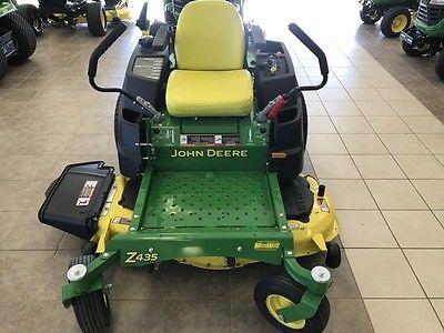 2015 John Deere Z435 Zero Turn Mowers